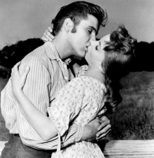 Elvis Debra Paget Kiss