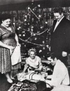 Elvis-Christmas1958
