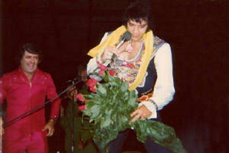 Elvis Present Valentine Roses at Concert